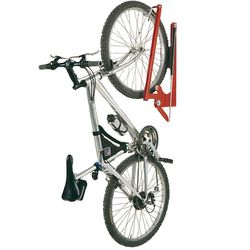 h ngeparker f r die platzsparende fahrrad aufbewahrung. Black Bedroom Furniture Sets. Home Design Ideas